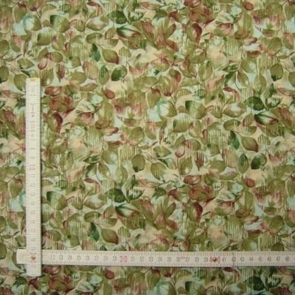 Patchworkstoff Floral Essence Blätter grün
