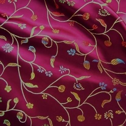 Jacquard-Satinstoff magenta-multicolor